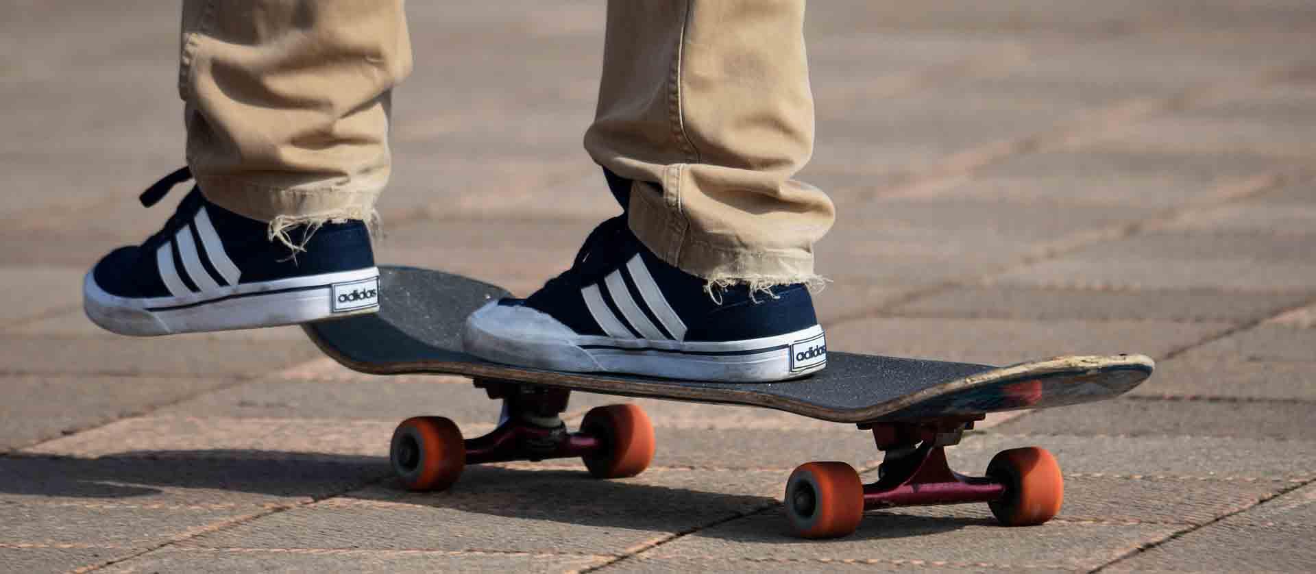 skateboarding sports